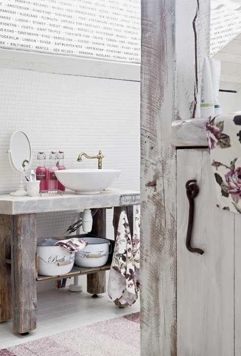Come arredare un bagno in stile shabby arredo bagno - Bagno country chic ...