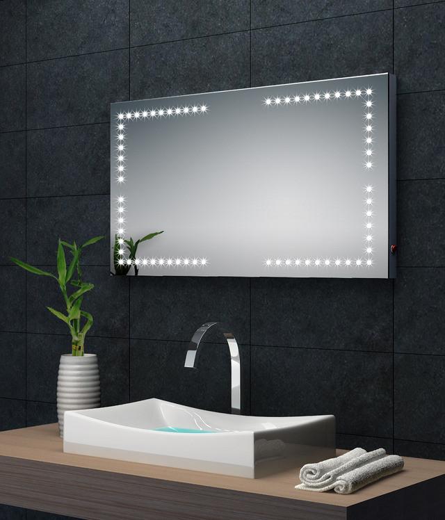 Come arredare un bagno cieco arredo bagno a padova - Illuminazione bagno led ...