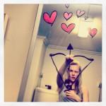 Selfie in bagno un mondo di fantasia nello specchio - Lo specchio di selfie ...