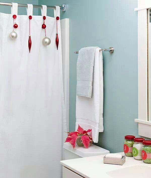 come decorare il bagno per Natale