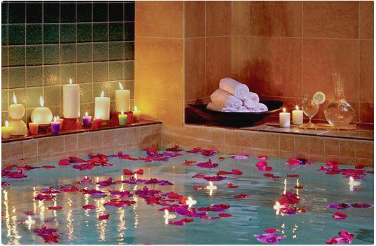 Come rendere un bagno accogliente for Candele per piscina