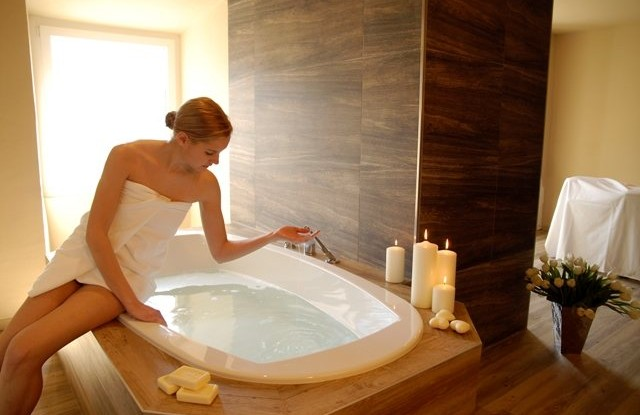 Bagno termale a casa come fare un bagno rilassante - Casa e bagno ...