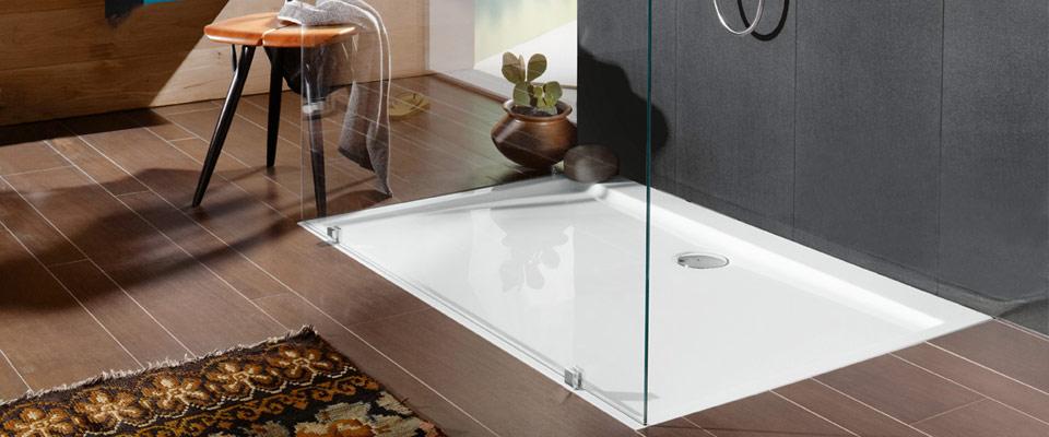 Come scegliere la doccia per un bagno piccolo - Quanto tempo ci vuole per piastrellare un bagno ...