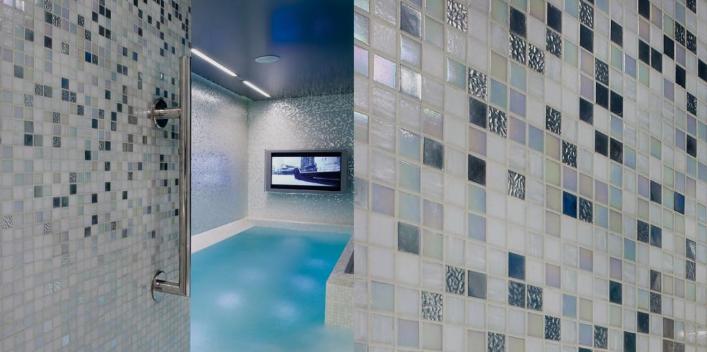 Come rivestire un bagno con mosaico - Come rivestire piastrelle bagno ...