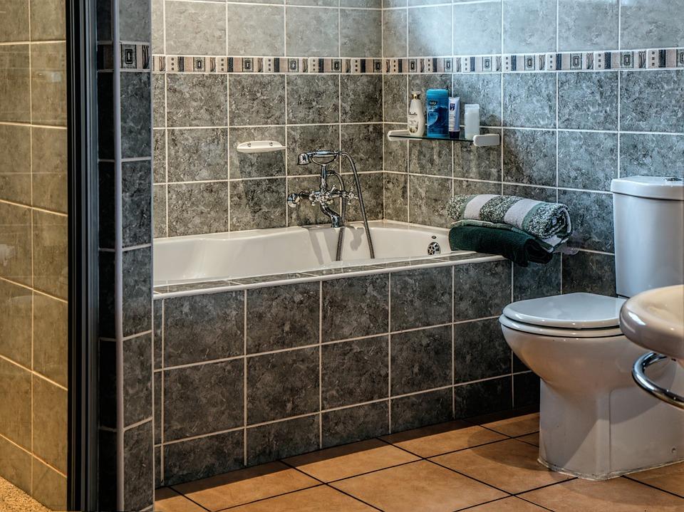 Come pulire le piastrelle del bagno pulire piastrelle bagno